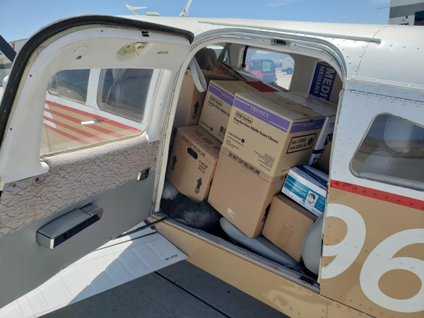 pic_1_cargo_in_plane_2