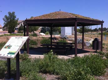 Broncos Parkway Trailhead - Picnic Shelter
